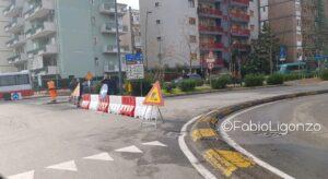 rotatoria viale M.Grecia per lavori Aqp