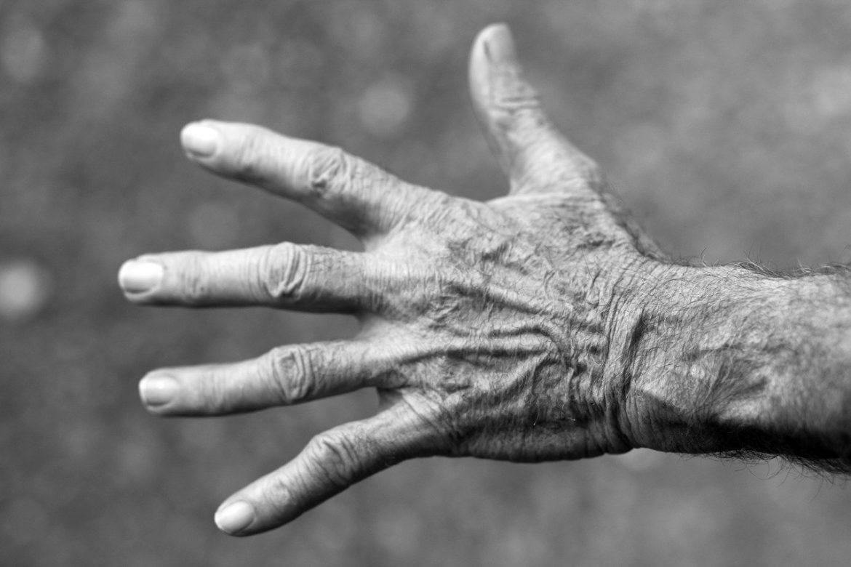 aiuto anziani soli