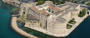 castello-aragonese-taranto-marina militare