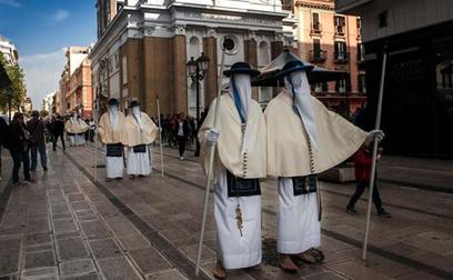 processione perdoni Settimana Santa Taranto